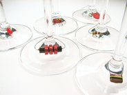 Distinctive wine charms?