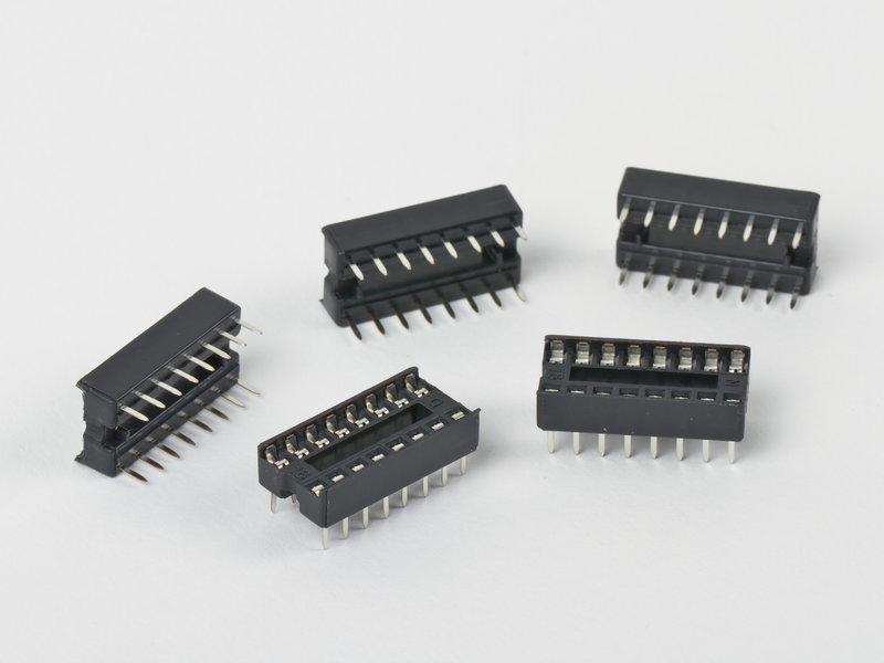 16-pin DIP Sockets