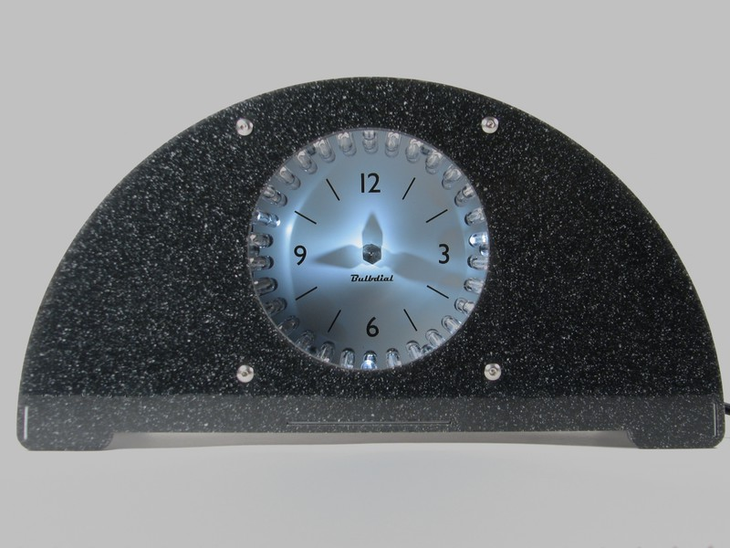 Bulbdial clock with monochrome LED set