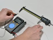 Measuring resistivity of conductive thread